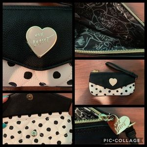 Betsey Johnson Wallet//Wristlet